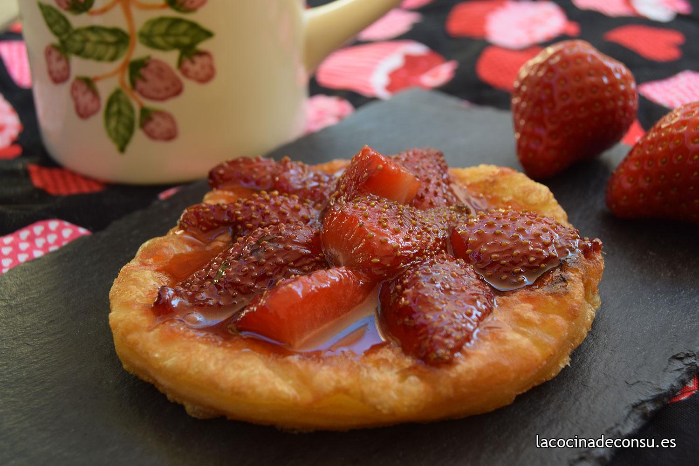 Tatín frito de fresas