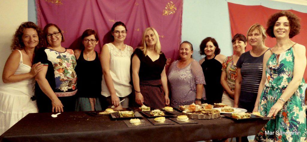 Participantes en el taller de cocina en clínica Ginemar de Elda