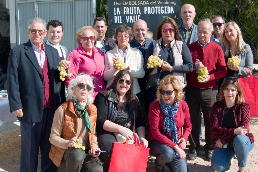 Asistentes al III Blogtrip sobre la uva embolsada del Vinalopó