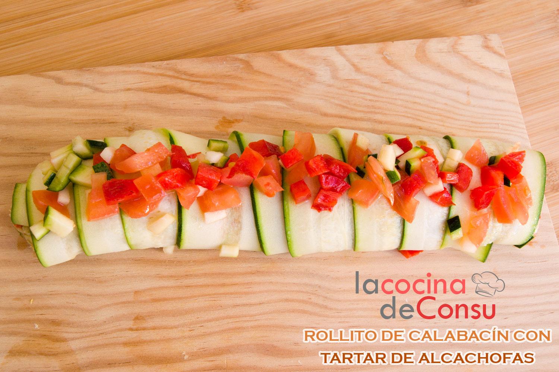 Rollito de calabacín con tartar de alcachofas